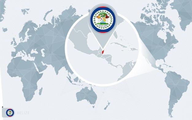 확대된 벨리즈가 있는 태평양 중심 세계 지도. 벨리즈의 국기와 지도. 프리미엄 벡터