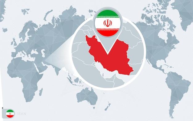 확대된 이란이 있는 태평양 중심 세계 지도. 이란의 국기와 지도.