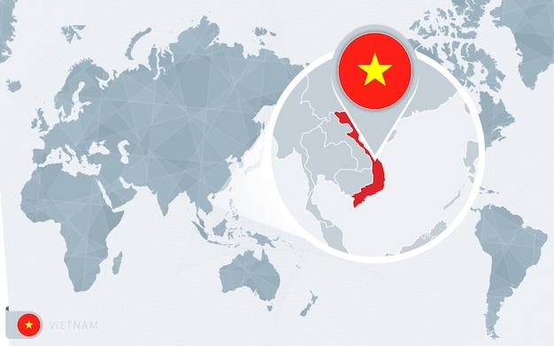 확대된 베트남이 있는 태평양 중심 세계 지도. 베트남의 국기와 지도.