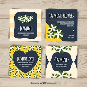 Confezione di carte con gelsomino e foglie