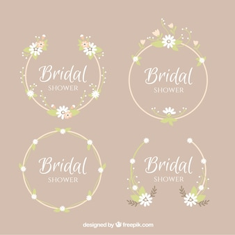 Pack of four round frames for bridal shower