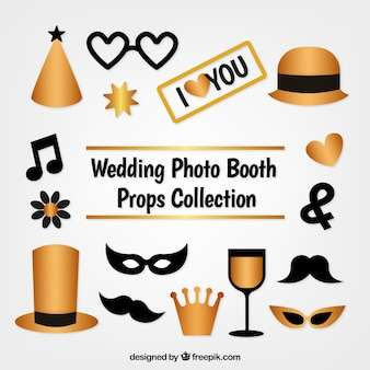 Pack of golden accessories for photo booth Free Vector