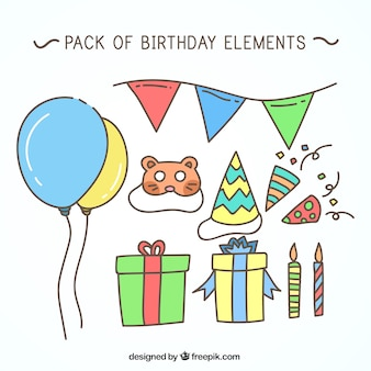 Confezione di disegnati a mano elementi di compleanno
