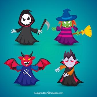 4つの怖いハロウィーンの衣装のパック