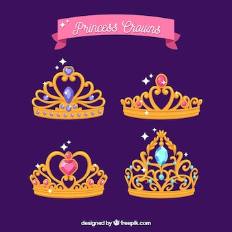 Pack of golden princess crowns