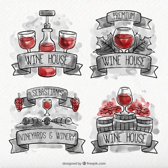 Набор акварельных винных этикеток с красными деталями