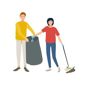 白い背景で隔離のゴミ袋にゴミを収集する笑顔の男性と女性のボランティアのペア。エコロジカルボランティア、環境保護。フラット漫画スタイルのベクトル図