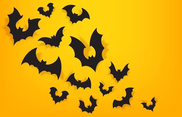 Бумажный фон летучих мышей. хэллоуин оранжевый баннер с пугающей летучей мышью. уловка или угощение для украшения вечеринки. векторные плакат для страшного празднования октября. темное и таинственное оформление праздничного мероприятия