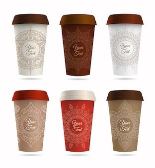 紙のコーヒーまたはティーカップと装飾品のセット。
