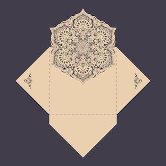 Бумажный кружевной шаблон конверта