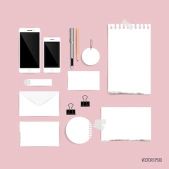 Pezzi di carta di design di cancelleria