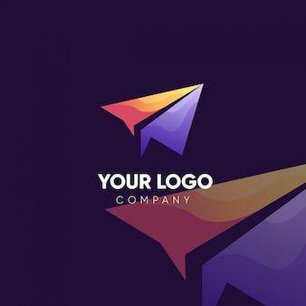 紙飛行機会社のロゴデザイン