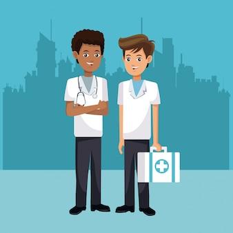 救急医療の男性は都市の背景と応急処置
