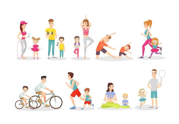 Родители и дети делают упражнения