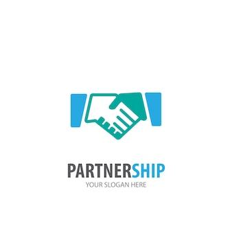 事業会社のパートナーシップのロゴ。シンプルなパートナーシップのロゴタイプのアイデアデザイン。コーポレートアイデンティティの概念。アクセサリーコレクションのクリエイティブパートナーシップアイコン。