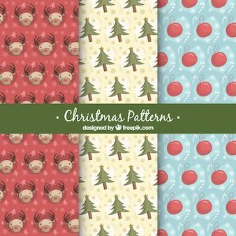 クリスマスの要素のスケッチのパターン