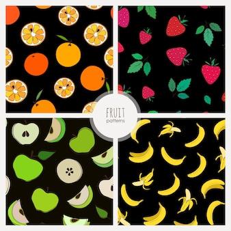 暗い背景の上の果物とパターンは果物とのシームレスなパターンをベクトルします