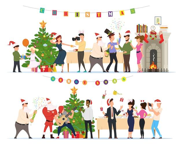 Люди празднуют рождество вместе дома.