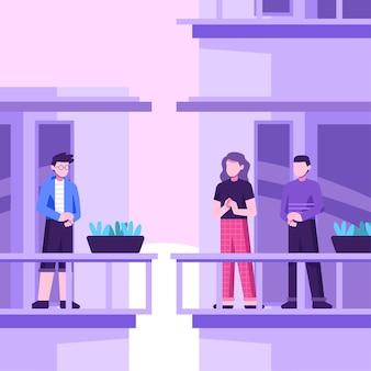 La gente che applaude sul concetto dei balconi