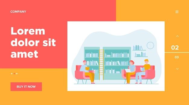 図書館の人々。本を読んで、肘掛け椅子やソファに座っている漫画の男性と女性。研究、知識、学習の概念