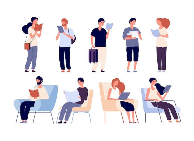Люди читают книги. группа в составе женщины и книга чтения человека стоя и сидя на стуле.