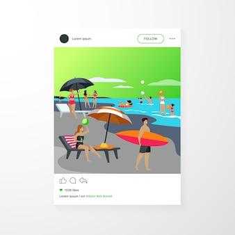 Persone che riposano sulla spiaggia del mare in estate. donne e uomini che nuotano e che si siedono sotto l'illustrazione piana di vettore dell'ombrello. modello di app mobile per il concetto di vacanza per il tempo libero
