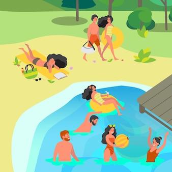 公共の公園の湖で泳いでいる人。夏の時間の楽しみ。男と女が輪に浮かぶと楽しい。友達と夏休み。平らな