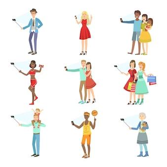 Люди, делающие снимки с selfie stick набор иллюстраций