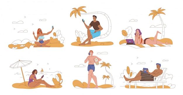 人々の観光客がビーチでインターネットの残りをサーフィン
