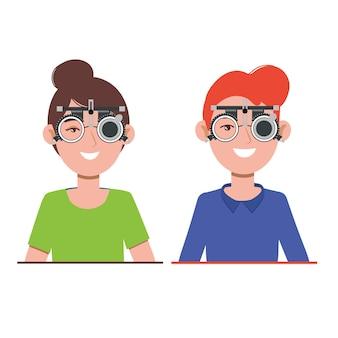 Зрение людей в офтальмологической клинике оптометрист проверяет зрение в очках