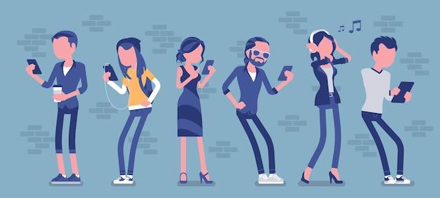 스마트폰을 사용하여 서 있는 가제트를 가진 사람들은 전화를 걸고, 게임을 하고, 영화를 보고, 음악을 듣고, 문자 메시지, 화상 채팅을 통해 친구와 소통합니다. 얼굴 없는 문자가 있는 벡터 일러스트 레이 션