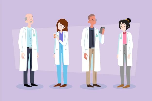 Люди, работающие в аптеке вместе