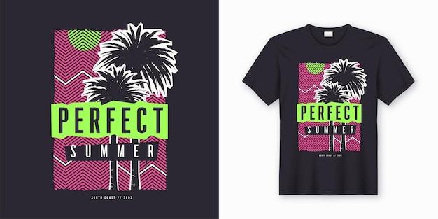 완벽한 여름. 세련된 컬러 풀 티셔츠