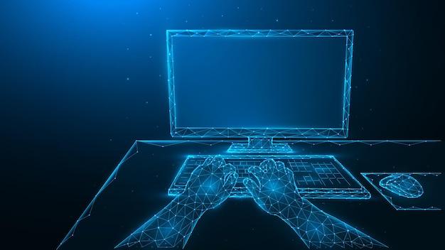 コンピューターを使用してキーボードで入力している人。コンピューターで作業します。人間の手、コンピューターモニター、コンピューターマウスの多角形のベクトル図。職場のコンセプト