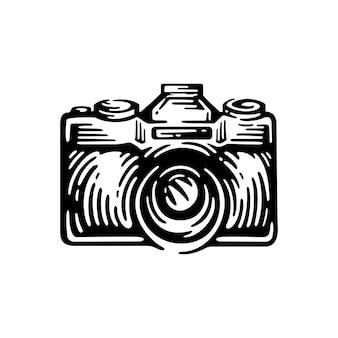 白で隔離のレトロなスタイルの写真カメラ