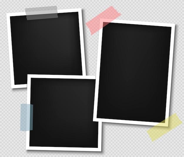 粘着テープ付きフォトフレーム、リアルな紙のインスタント写真。シャドウ効果のある空白のフォトフレーム。写実的なモックアップ。レトロなテンプレートデザイン。ベクター