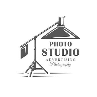 白い背景で隔離の写真スタジオのロゴ