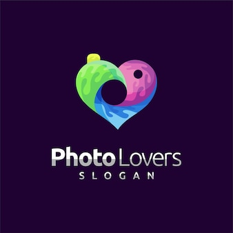 Photographer logo with love concept Premium Vector