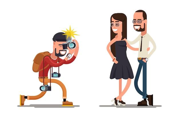 Il fotografo scatta una foto di una giovane coppia. macchina fotografica del fotografo, persone del fotografo, fotografia del fotografo.