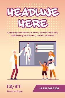 Medico che spiega l'anatomia umana al modello di volantino per bambini