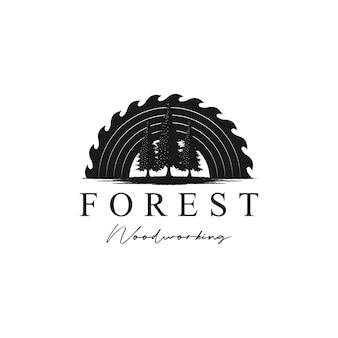 Вектор дизайна логотипа сосны и шлифовальной машины для деревообработки или столярных работ