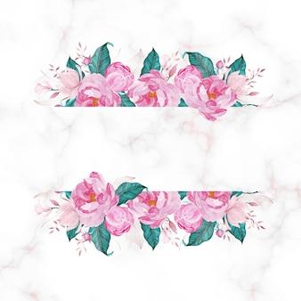 大理石のコピースペースとピンクの花。