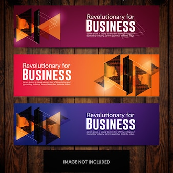Розовые оранжевые и синие градиенты для корпоративных баннеров с треугольниками