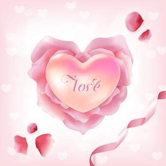 Розовые лепестки роз в форме сердца