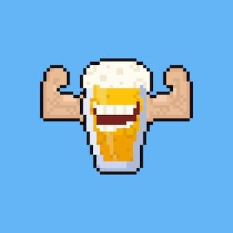 ピクセルアート漫画のビールジョッキのキャラクターが筋肉を曲げます。