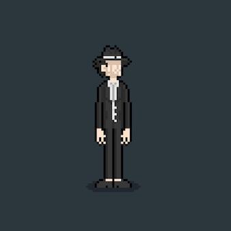 ピクセルアートの神秘的な背の高い男のキャラクター