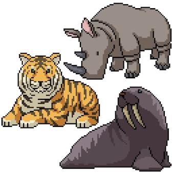 Pixel art set isolated wild big animal