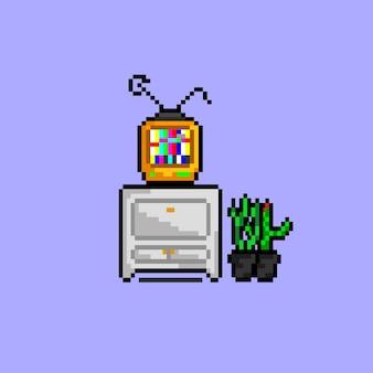 Пиксельный телевизор на полке с растениями