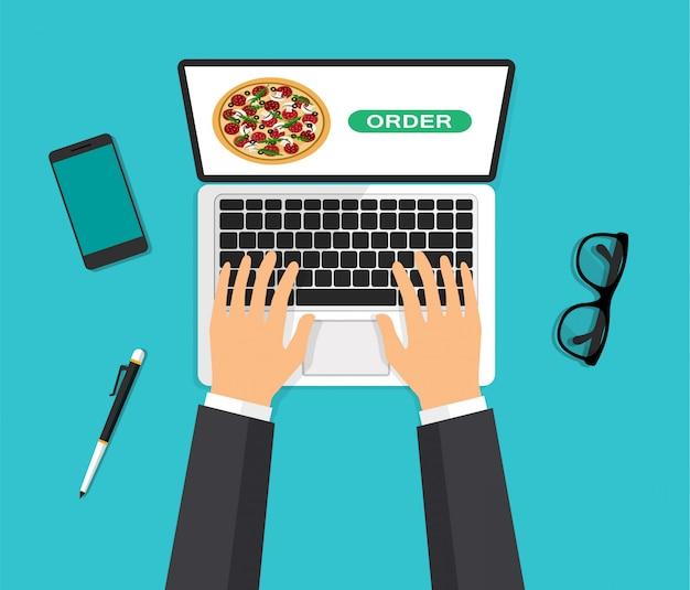 노트북 화면에 피자. 손은 컴퓨터 키보드에 입력하고 버튼을 누릅니다. 음식 주문 및 배달. 평면도. 3d 스타일에서 벡터 일러스트 레이 션.