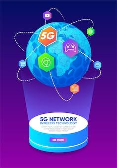 Планета земля с иконами вокруг и беспроводная технология сети 5g